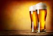 Leinwanddruck Bild - Two glasses of lager