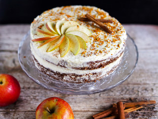 Apple cinnamon layered cake with buttercream icing and bee polen