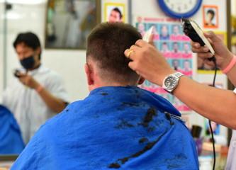 chez le coiffeur