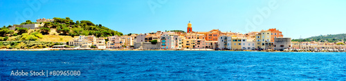 Papiers peints Europe Méditérranéenne France - Saint Tropez - panoramic view from sea