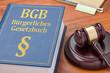 Leinwanddruck Bild - Gesetzbuch mit Richterhammer - Bürgerliches Gesetzbuch