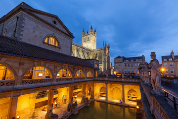 Roman Baths and Bath Abbey at Night