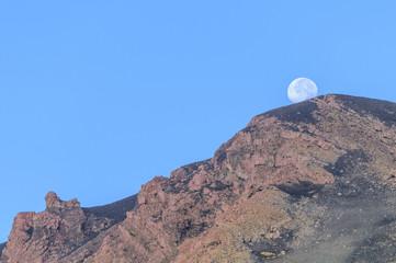 Mondschein am Stromboli-Gipfel