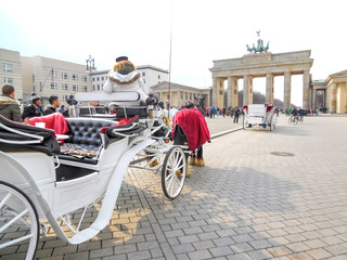 Fiaker vor dem Brandenburger Tor