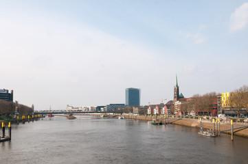 blick von der Bürgermeister-Smidt-Brücke