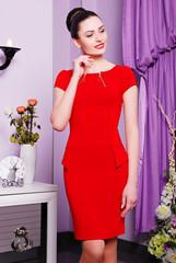 облегающее, красное платье