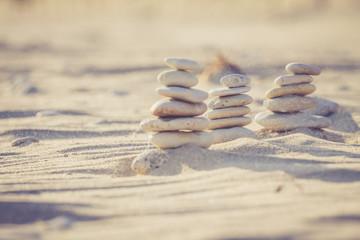 cailloux et grains de sable qui volent
