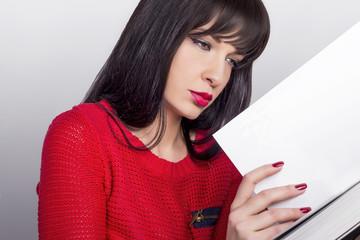 The Girl Reading