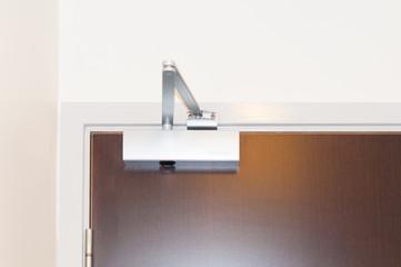 Door closer or shock absorber installation