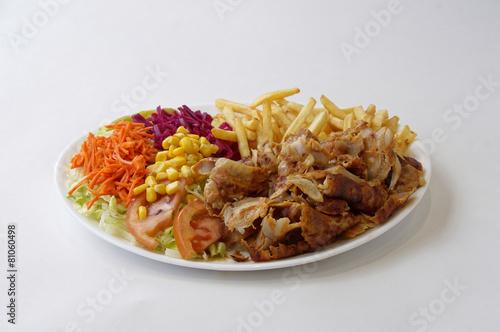 Assiette kebab et frites - 81060498