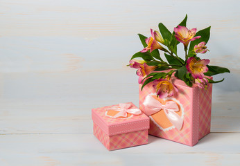 Decorative gift box with flower