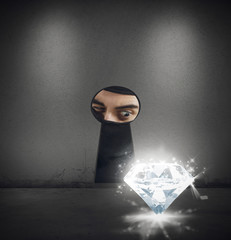 Thief steals a diamond