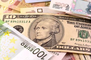european and american money