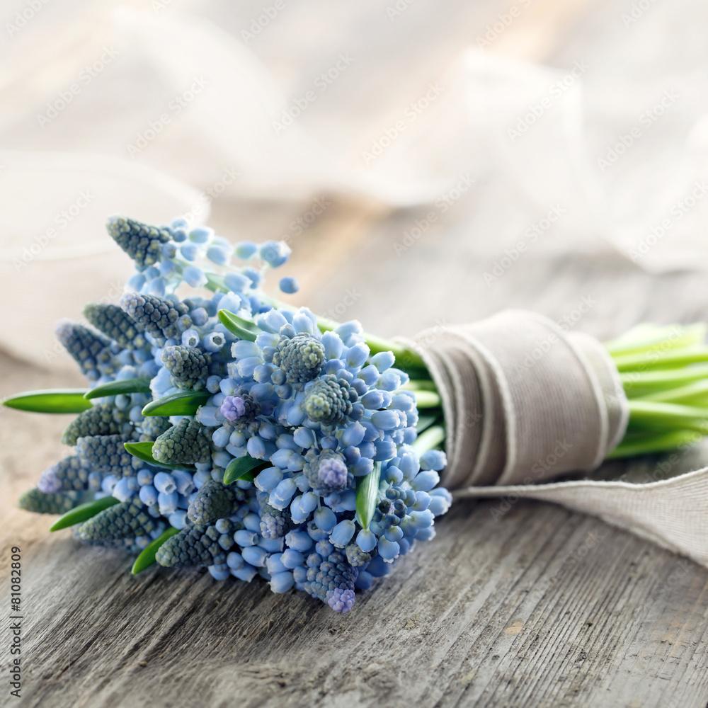 niebieski bukiet kiść - powiększenie