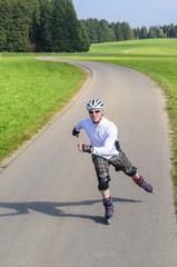 sportlich Inline-Skaten