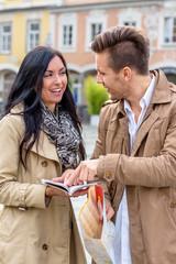 Paar auf einer Städtereise