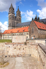 Magdeburger Dom mit alter Bastion Cleve