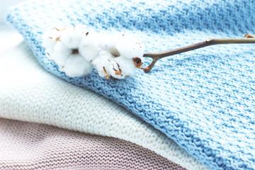 Теплый вязаный свитер с натуральным хлопком