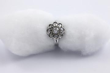 Gioielli, anellino in argento