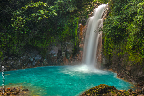 Foto op Aluminium Watervallen Beautiful Rio Celeste Waterfall