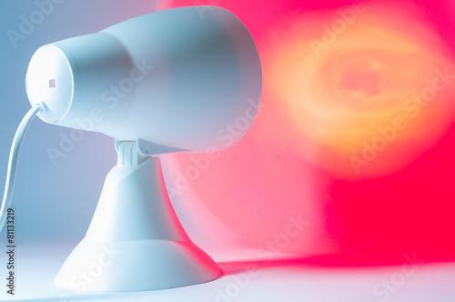 Leinwanddruck Bild Rotlichtlampe