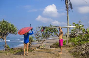 Surfers couple