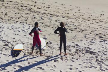 Surfistas precalentado