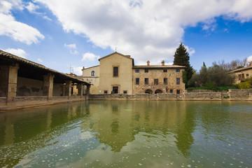 Vasca termale a Bagno Vignoni