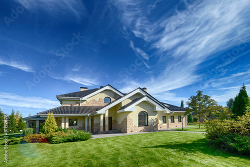 house - 81152878
