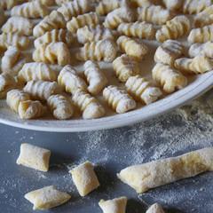 gnocchi_ pasta fresca su piatto