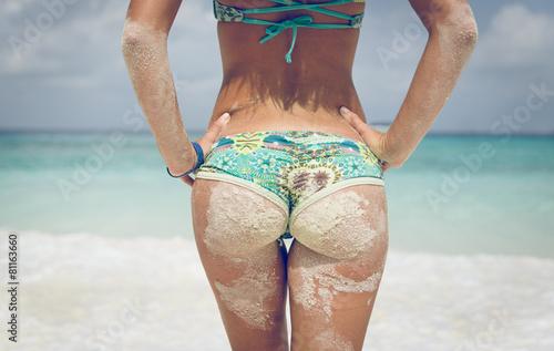 Leinwanddruck Bild woman buttocks in similan island