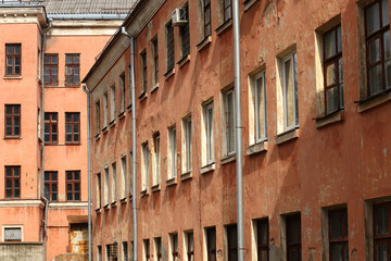 Rows of windows on the facade wall