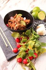 manzo speziato thai