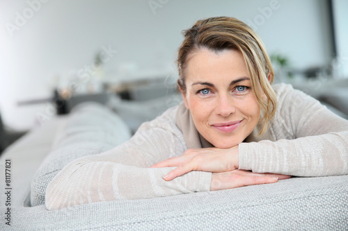 Portrait of mature smiling blond woman - 81177821