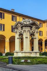 yard in Palazzo Comunale, Bologna