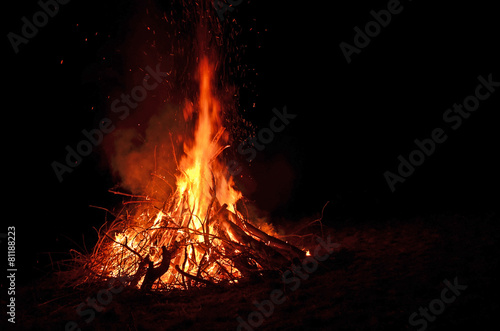 In de dag Vuur / Vlam lagerfeuer