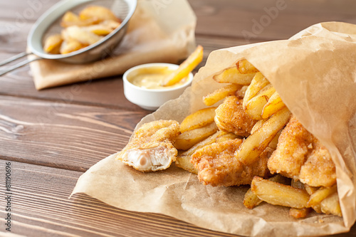 Tuinposter Voorgerecht Fish and chips fast food