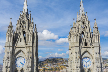 Campanario de la Basílica del Voto Nacional, Quito, Ecuador