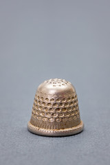 Metallic thimble