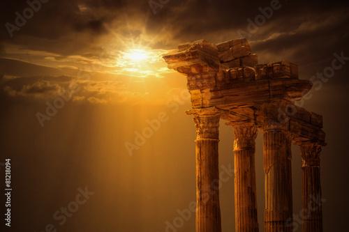 Fotobehang Oude gebouw Apollon Temple,Antalya City ,Side