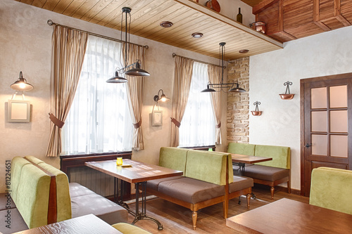 Italian restaurant - 81224651