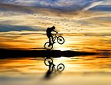 corriendo con la bicicleta