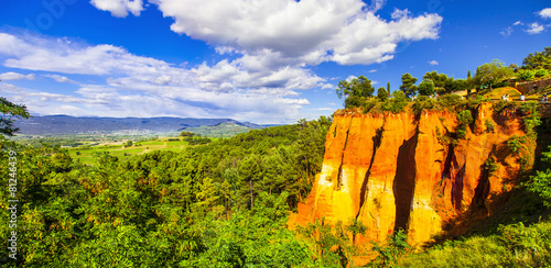 Aluminium Canyon rocks of natural ochre in Roussillon, Provence,France