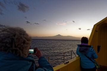 An Bord vor der Küste von Teneriffa