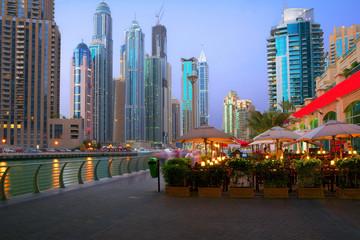 Вечер на набережной Марина Дубай.