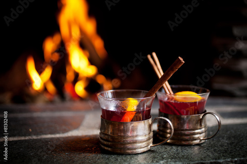 Mulled wine - 81302408