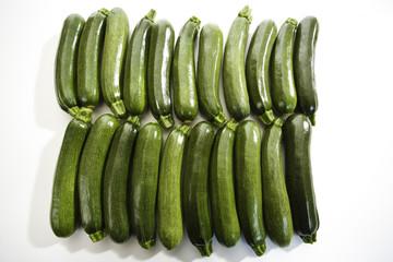 Zucchinis, Reihen