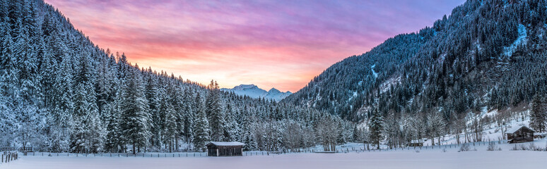 Alpen-Panorama hell