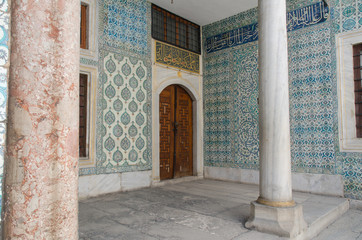 Beautiful decoration inside Topkapi palace in Istanbul, Turkey.