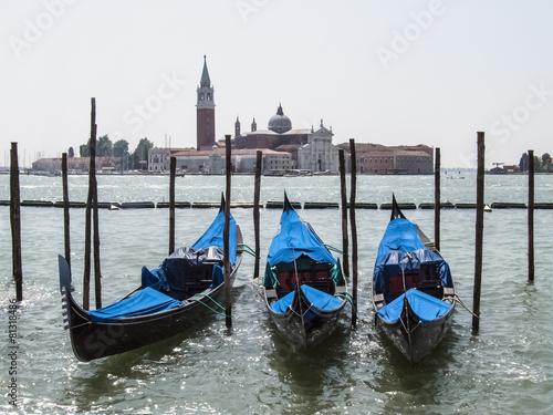 Deurstickers Gondolas Gondeln vor San Giorgio Maggiore